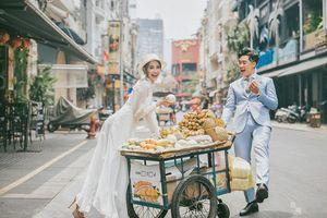 Chuyện tình đẹp như mơ của chàng trai chủ tiệm trái cây nghèo khó