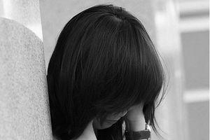 Tuyệt vọng vì thất tình, chôn mình vào 'chat sex', vong mạng bởi tay cha