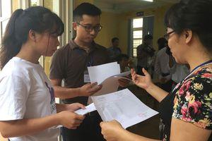 Túi bài thi THPT quốc gia phải có 4 chữ ký trên tem niêm phong