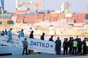 Tây Ban Nha đón nhận 629 người di cư bị Italia từ chối