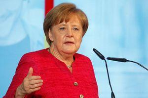 Tuyển Đức thua Mexico, người hâm mộ chỉ trích Thủ tướng Merkel