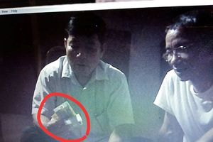 Làm rõ clip 'tố' trưởng công an xã ở Thanh Hóa đánh bài ăn tiền