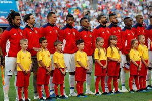 Cầu thủ Panama bật khóc trong lần đầu hát Quốc ca đá World Cup
