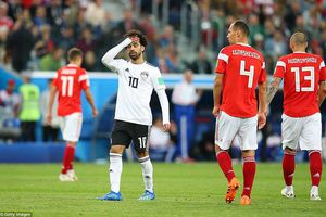 Salah không thể cứu Ai Cập khỏi thất bại trước 'Gấu Nga'