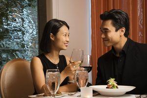 Giới trẻ Hàn Quốc thích hẹn hò hơn kết hôn