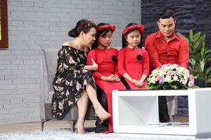Việt Hương bật khóc trước hoàn cảnh người cha bán máu nuôi 2 đứa con thơ