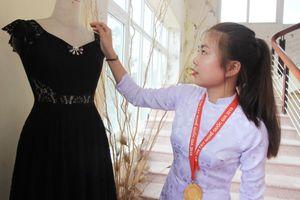 Cô gái Thái giành giải Nhất nghề may quốc gia bằng năng khiếu và đam mê