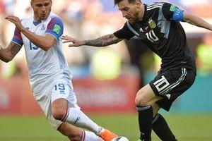 30 phút đối đầu Messi, tiền vệ Iceland nổi tiếng chỉ sau một đêm