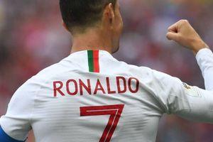 Sút tung lưới Morocco, Ronaldo lập kỷ lục siêu hạng