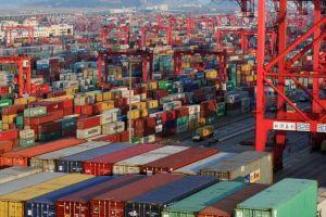 Nỗi sợ chiến tranh thương mại phủ bóng đen lên kinh tế toàn cầu