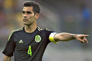 Đội trưởng Mexico bị nghi buôn ma túy, tẩy chay tại World Cup