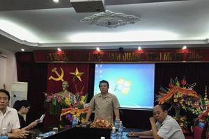 Giáo viên trường Xiếc Việt Nam phản ứng việc nghệ sĩ 78 tuổi bức xúc xét duyệt NSND