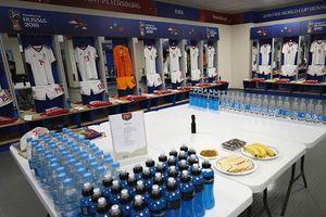 Khám phá bí ẩn trong phòng thay đồ của các ngôi sao World Cup