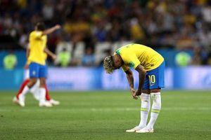 Brazil và câu hỏi 'đổi thay hay là chết?'