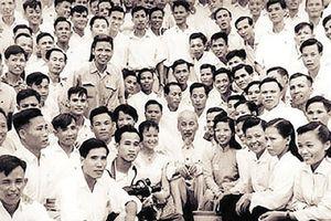 Bài phỏng vấn 38 chữ và phong cách báo chí Hồ Chí Minh