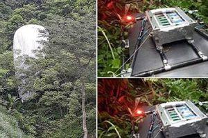 Hủy bỏ 'vật thể lạ' chứa máy quay từ trên trời rơi xuống rừng ở Hà Giang