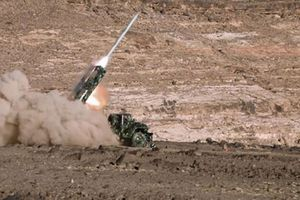Houthi bắn rơi máy bay trinh sát UAE