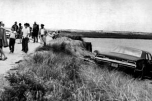 Vụ tai nạn chấm dứt giấc mơ Nhà Trắng của nhà Kennedy