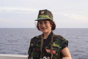 Nhà báo Mỹ Trà: Dành trọn tình yêu cho biển đảo