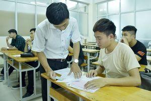 Hà Nội: 1 thí sinh nằm viện, học lực khá được xét đặc cách tốt nghiệp THPT