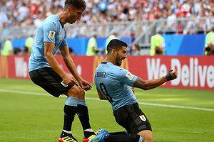 Uruguay thắng '3 sao' chủ nhà Nga, giành ngôi đầu bảng