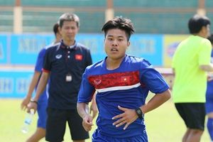 Sao U19 Việt Nam gãy tay trước khi tham dự giải Đông Nam Á