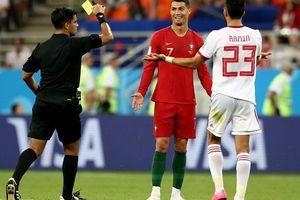 Ronaldo, Bồ Đào Nha may mắn không tưởng trong trận cầu lịch sử của World Cup