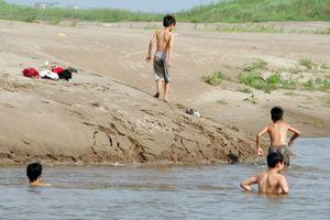Có tới hơn 2000 trẻ em Việt Nam tử vong do đuối nước mỗi năm