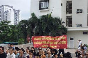 Cư dân phản đối ban quản trị về phí bảo trì