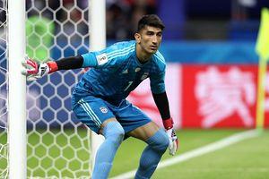 Tiết lộ sốc về thân thế thủ môn Iran, người đã đánh bại Ronaldo