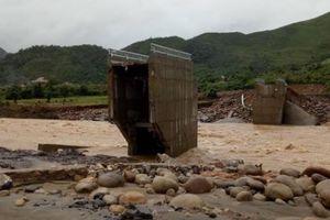 Chùm ảnh: Cảnh tượng tan hoang sau lũ dữ kinh hoàng ở Lai Châu
