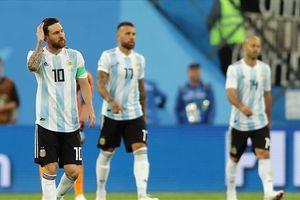 Vì sao Messi và Argentina không xứng đáng đi tiếp!