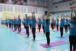 Ngày Quốc tế Yoga lần thứ 4 được tổ chức tại 11 tỉnh, thành phố