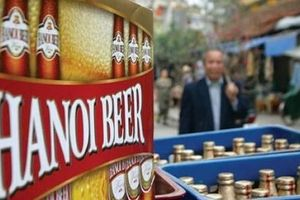 Bia chai Hà Nội truyền thống dần nhường chỗ cho bia Hà Nội chai nhỏ