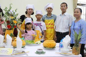 Bữa cơm gia đình: Tôn vinh giá trị gia đình Việt
