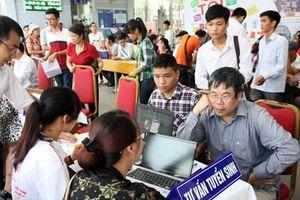 Nghiên cứu nội dung của hoạt động quan hệ công chúng phục vụ công tác tuyển sinh của các trường đại học