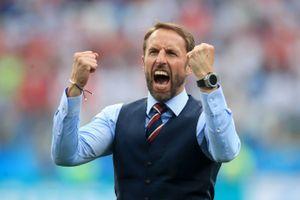 Thua Bỉ, HLV đội tuyển Anh chấp nhận bị chỉ trích