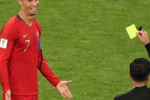 Đá, kéo và cắn! Nghệ thuật bóng tối của Uruguay có thế tống cổ Ronaldo ra khỏi sân
