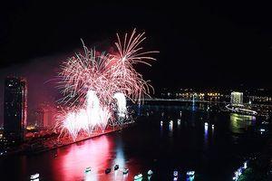 Đà Nẵng: Khuyến cáo du khách xem chung kết pháo hoa trên tàu du lịch