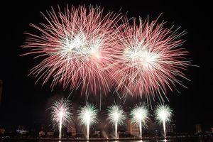 Ngắm loạt pháo hoa giúp Ý vô địch DIFF 2018