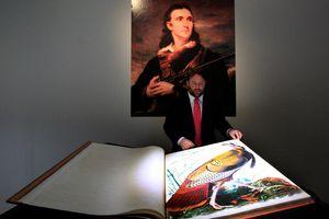 Quyển sách đặc biệt được đấu giá 220 tỷ đồng