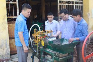 Máy tạo bầu ươm cây - sản phẩm mới ưu việt cho việc trồng cây nông - công - lâm nghiệp