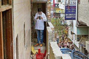 Uẩn khúc vụ 11 người trong một gia đình Ấn Độ chết trong tư thế treo cổ
