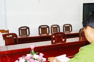 Vĩnh Long: Xử phạt người hoang báo bị cướp 10 tỷ đồng