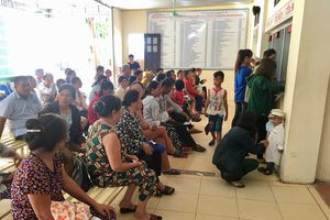 Nắng nóng, bệnh nhân ở Đô Lương tăng đột biến hàng trăm người