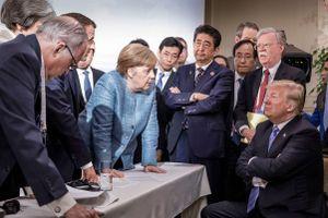 Chia rẽ và chinh phục: 'Bóc tách' đối địch Mỹ với EU, NATO