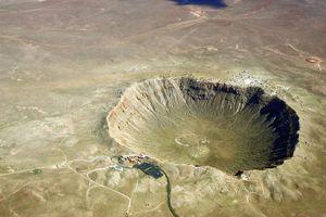 Điều gì xảy ra khi thiên thạch rơi xuống trái đất?