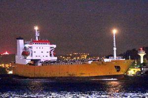 Tàu Nga chở đầy khí tài trên đường tới Syria