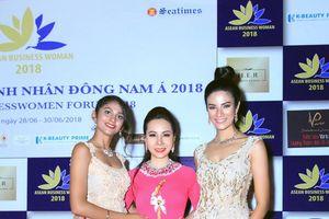 Nữ hoàng Kim Chi đẹp dịu dàng tỏa sáng tại Diễn đàn nữ doanh nhân Asean