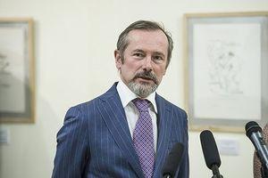 Tổng thống Pháp thay Đại sứ tại Hungary vì bất đồng quan điểm